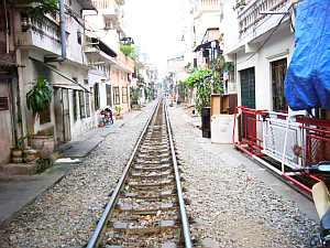 hanoi_rail.jpg
