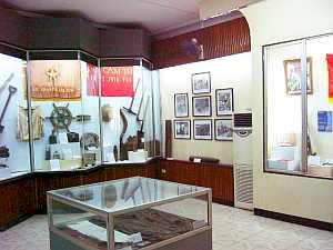 hanoi_rev_museum_inside.jpg